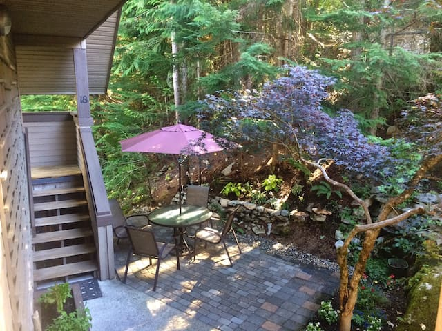 THE MAPLE TREEHOUSE - Whistler - Wohnung