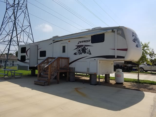 Green Lake RV Resort - San Antonio - Autocaravana