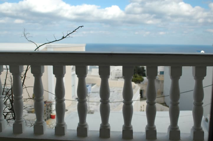 Twin room in the centre of Fira - Thira - Bed & Breakfast