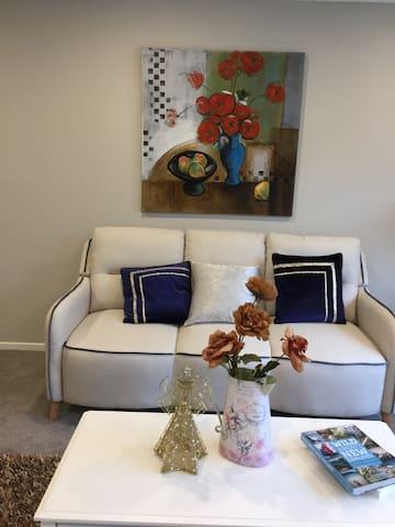 Luxury room in Manukau