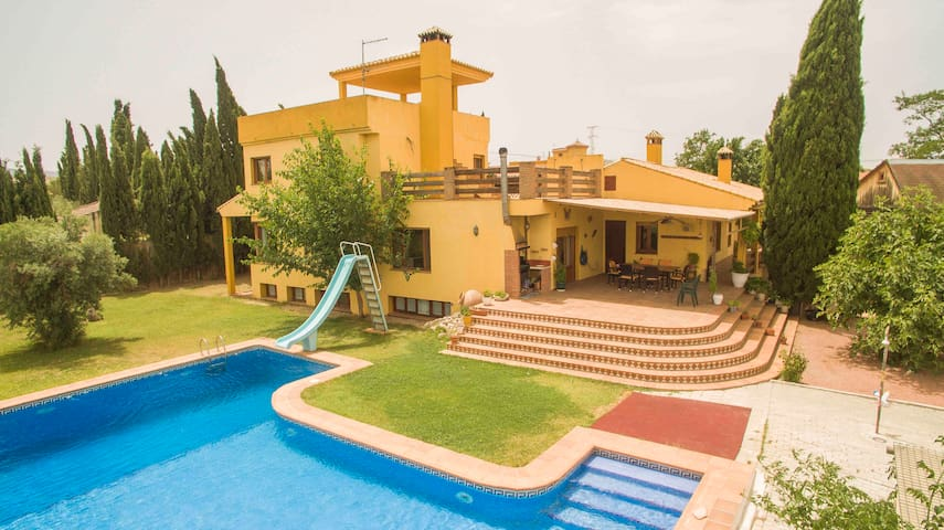 Villa Alhendín, estancia familiar en Granada