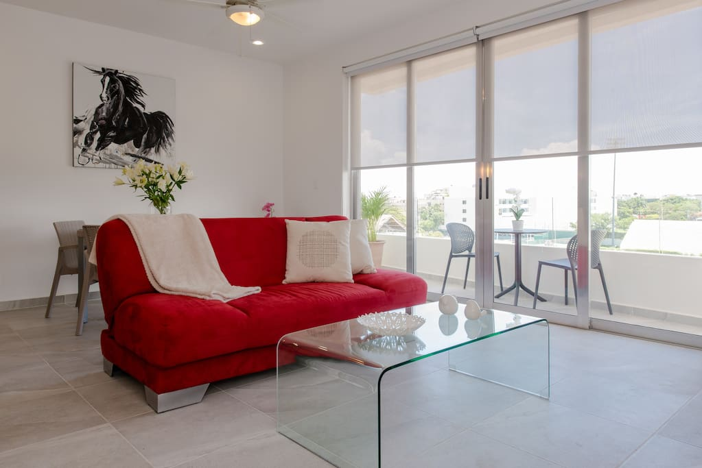 Spacious living room with en-suite balcony