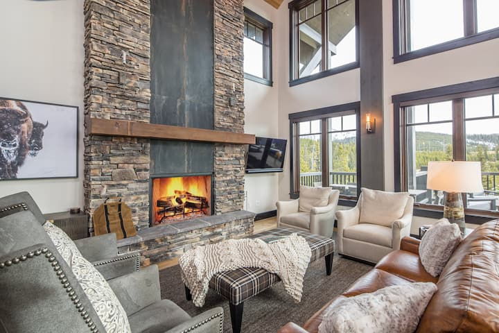 NEW LISTING - Luxury Cascade Ridge - Private Community Clubhouse -  Ski-In/Out