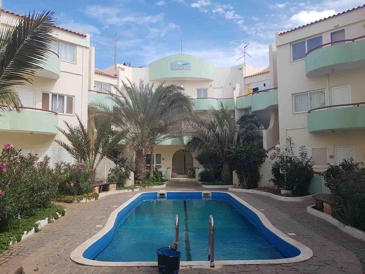 Turtle Bay 2 Bedroom Apart., Balcony, Pool,Wifi,06