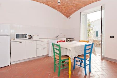 Spaziosa casa con vista sul mare - La Serra - Lerici - 独立屋