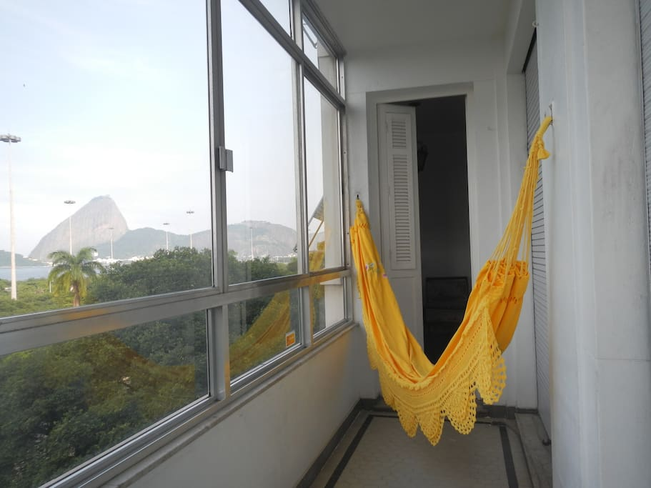 Vista do Oceano, Ba~ia da Guanabara, Pao de Acucar, Aterro do Flamengo e a Praia