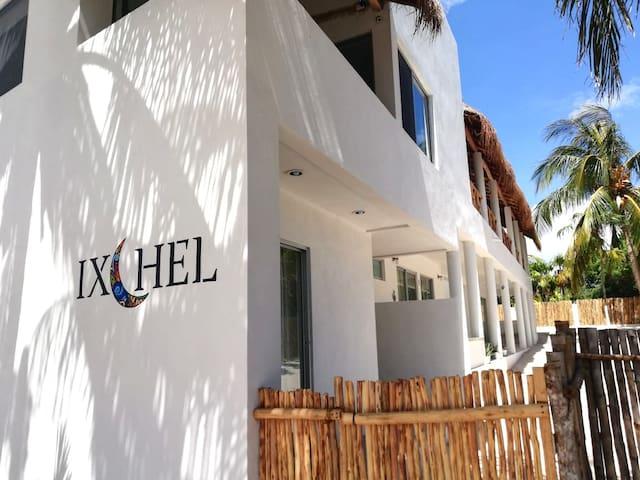 """Villa Ixchel """"Faro del Pez Azul"""" at El Cuyo"""