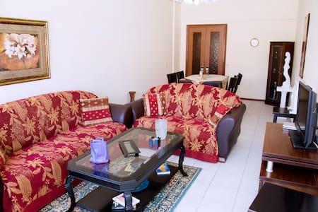 Ανετο σπιτι με ζεστη φιλοξενία στην Κατερινη