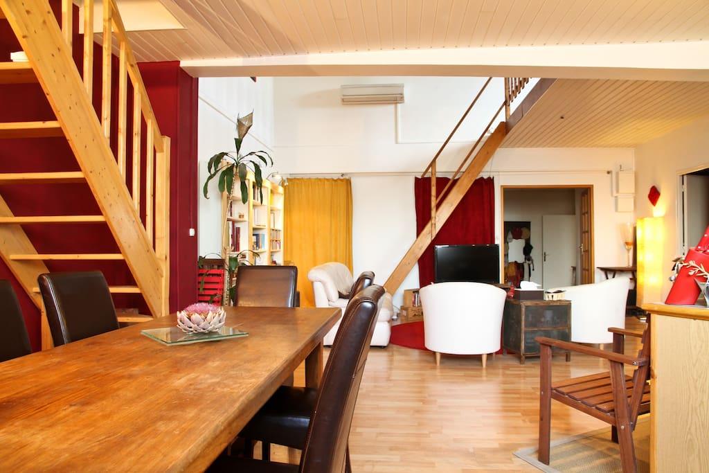 Mezzanine Bedroom Near Paris Apartments For Rent In