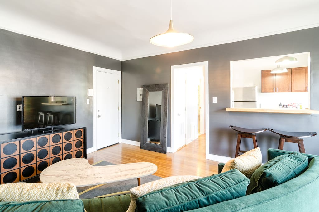 StayInLA | PRIVATE ONE BEDROOM FLAT