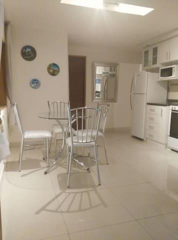 2B/2B apartment overlooking Lagoon - Lima District - Apartment