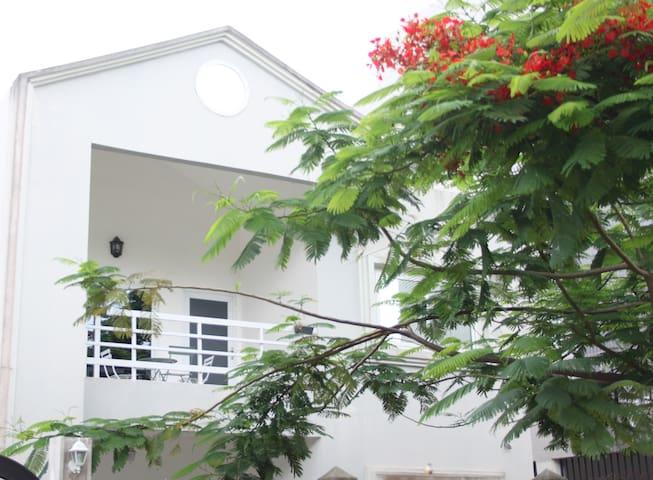 Appartement lumineux et spacieux à Cotonou