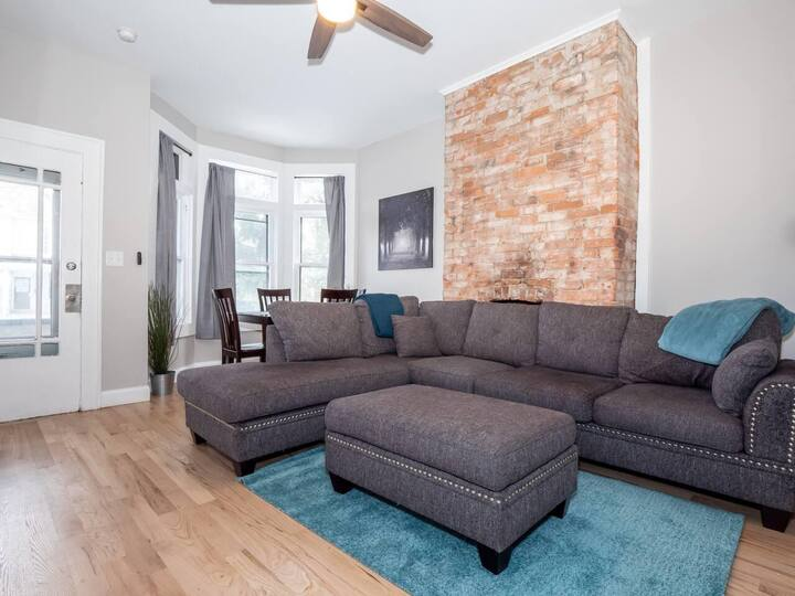 Beautifully Updated Short North Private Townhome