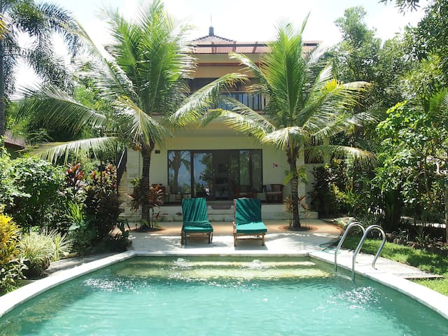 Villa Kupu-Kupu with pool- Ground  floor suite