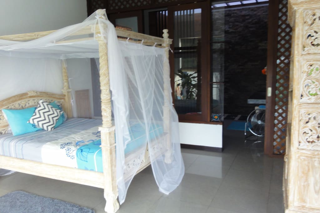 2 Bedroom upstairs with enclosed Bathroom
