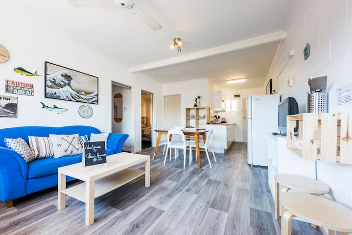 Iluka Beach House - Unit 2 - Fantastic Location