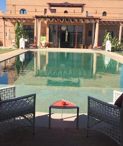 Villa Fleurs de Marrakech 5 chambres - マラケシュ - 別荘