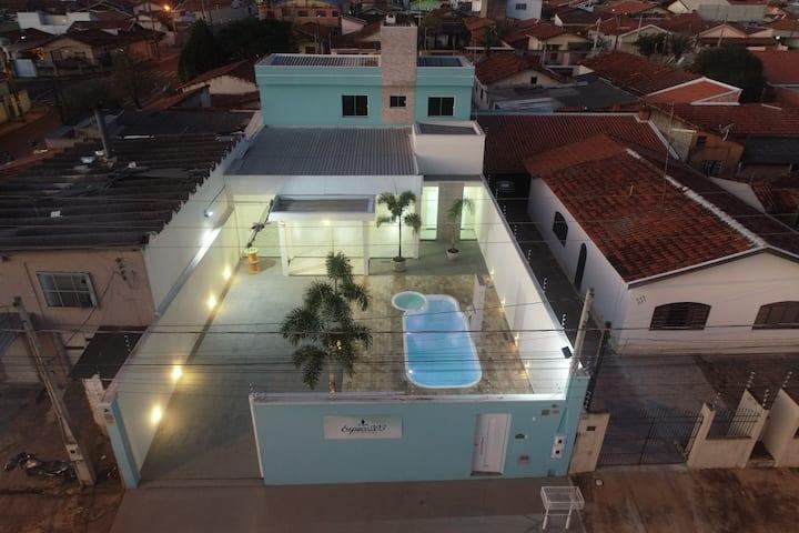 Holambra SP - Casa com piscina e churrasqueira