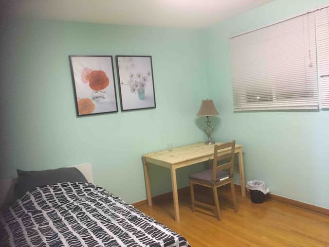 Nice bedroom in 1st floor at nice area