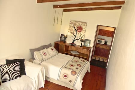 Dreamland Beachfront Room en-Suite - Jeffreys Bay - Appartement