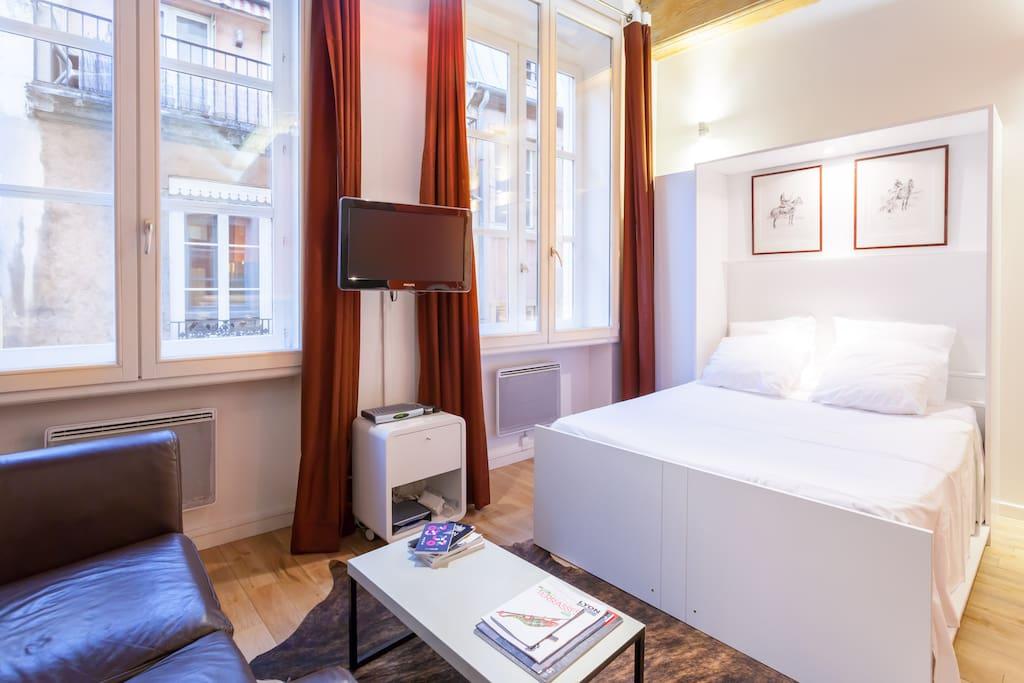 Meubl 2 pers centre lyon orange appartements louer for Appartement meuble a louer lyon