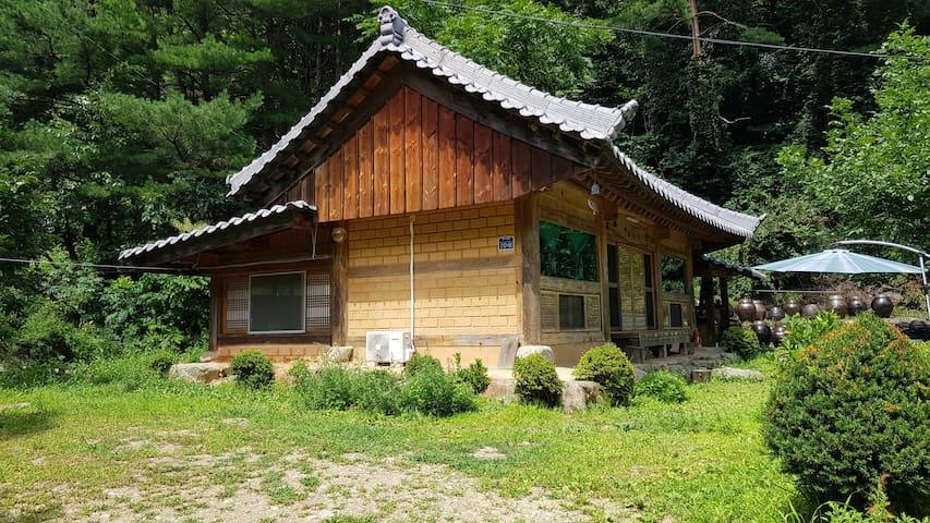 수선재 (Susunjae) Korean house in Samcheok