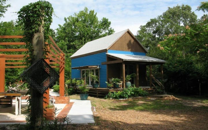 Harmony on Display: Costa Rica inspired Tiny House