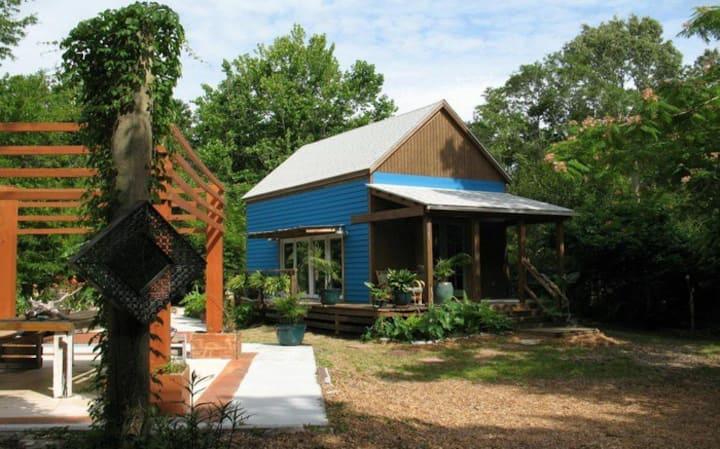 Harmony on Display: Costa Rica inspired Tiny House