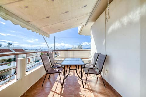 Sweet Penthouse near to the center of Athens