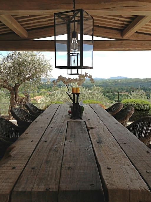 Outdoor terrace for breakfasts.