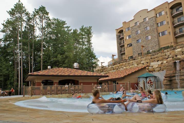 Spacious 2-Bedroom Condo @ Chula Vista Resort!!
