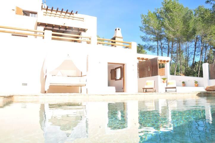 Private Casita near Ibiza Town - Santa Gertrudis de Fruitera - Huis