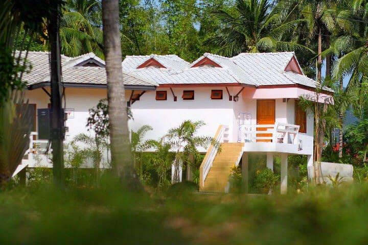 Parichari Samui Home: Free Wi-Fi - Ko Samui - Hus
