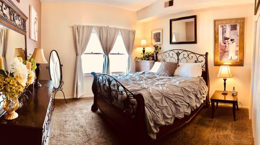 Charming Convenient 3 Bedroom,