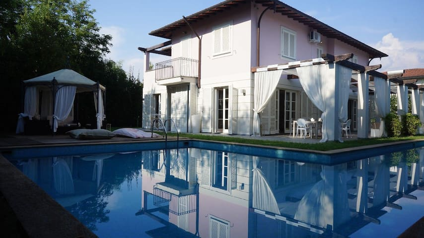Villa with swimming pool Forte dei Marmi - Forte dei Marmi - Hus