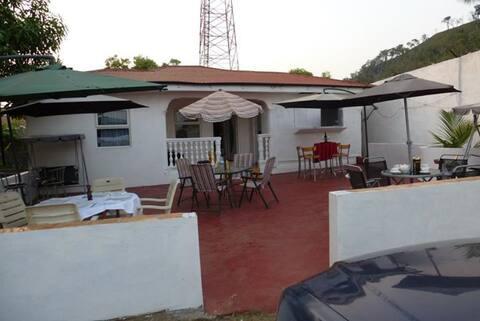Peninsula Lodge Amazing Place close to Lakka beach