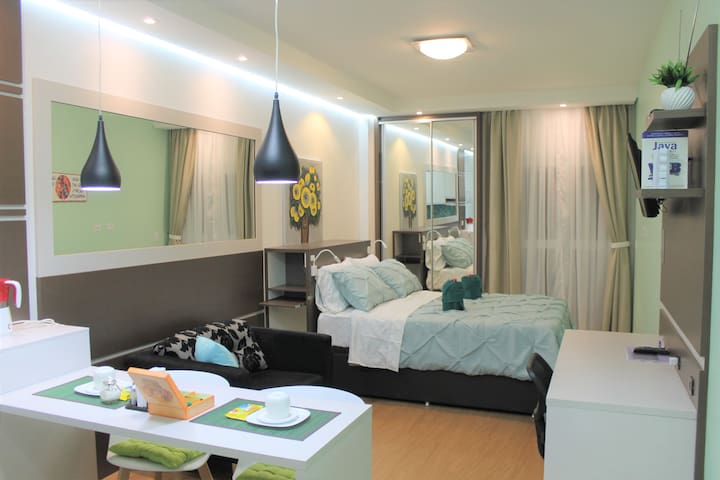 Studio super confortável no coração de Curitiba