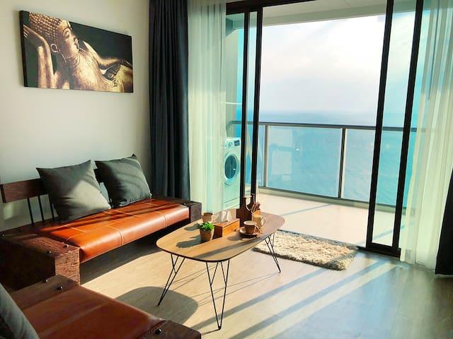 Pattaya SeaView芭提雅海滩2Rooms全家亲子爱侣180度高层正海景公寓零距离住在海里