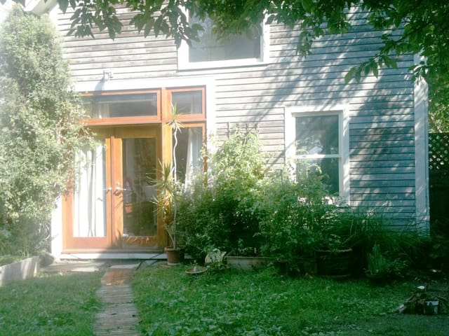 HARVARD MIT PRIVATE SPOTLESS CARRIAGE HOUSE LOFT - Cambridge - Loft