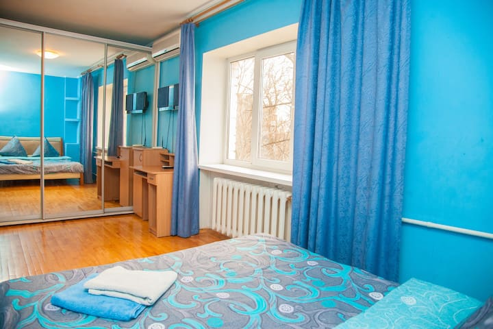 2 Room semi-luxury Apt on Stalevarov 21