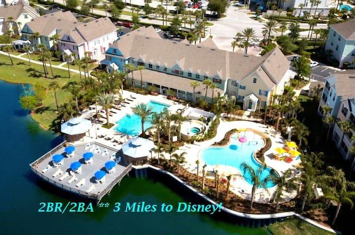 3 mi to Disney! Spacious 2BR/2BA+Loft Resort Condo - Kissimmee - Departamento