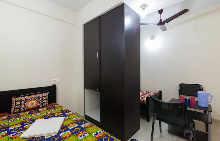 Bachelors' Stay - Kanchipuram - Albergue
