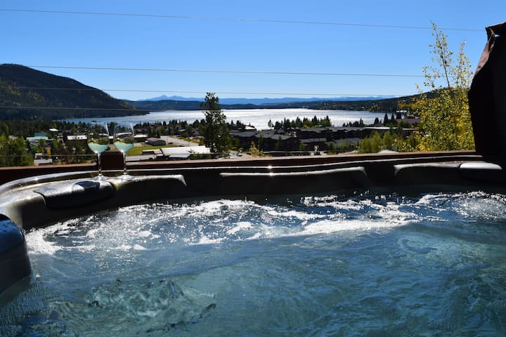 Amazing views from every level + XL Hot Tub!