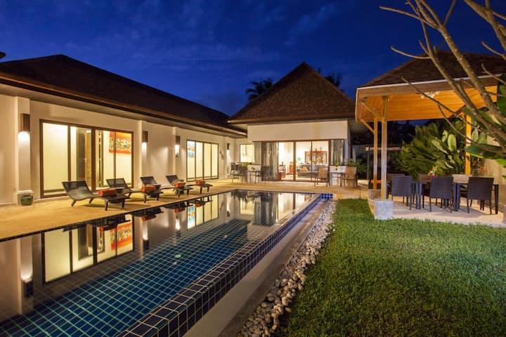 Exotic Boutique Pool Villa in Rawai, 4 Bedrooms