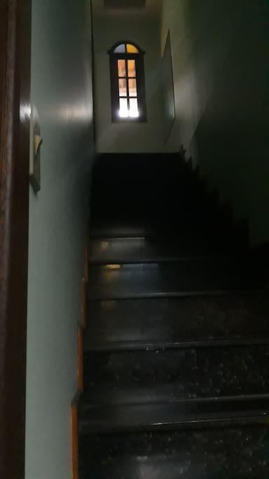 escada para segundo andar