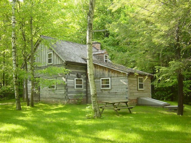 Forest Retreat.Log Cabin (circa 1820) in the Trees - Port Perry