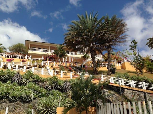 Villa Frente al mar en Playa Corona - Playa Corona