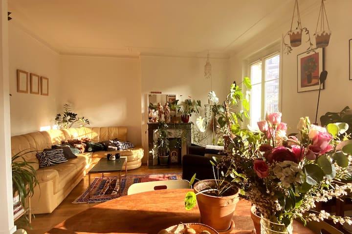 Logement cool, charmant, fleuri - Paris Montmartre