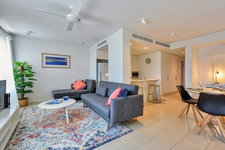 New Listing - Darwin Waterfront Luxury Apartment