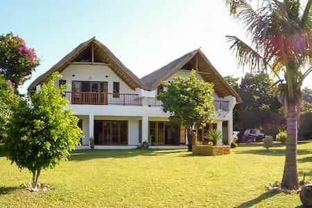 Casa Cajoera